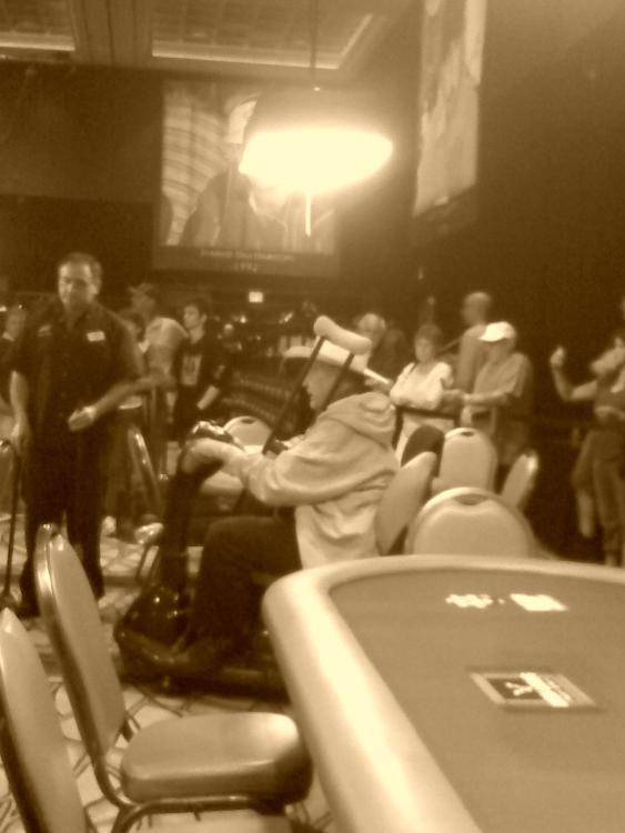Doyle Brunson, the Godfather of Poker, leaving the 2-7 Championship at the WSOP 2010