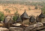 Dogon buildings and the dusty plain at Irelli