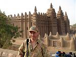 Me in front of the massive, mud brick mosque at Djenne